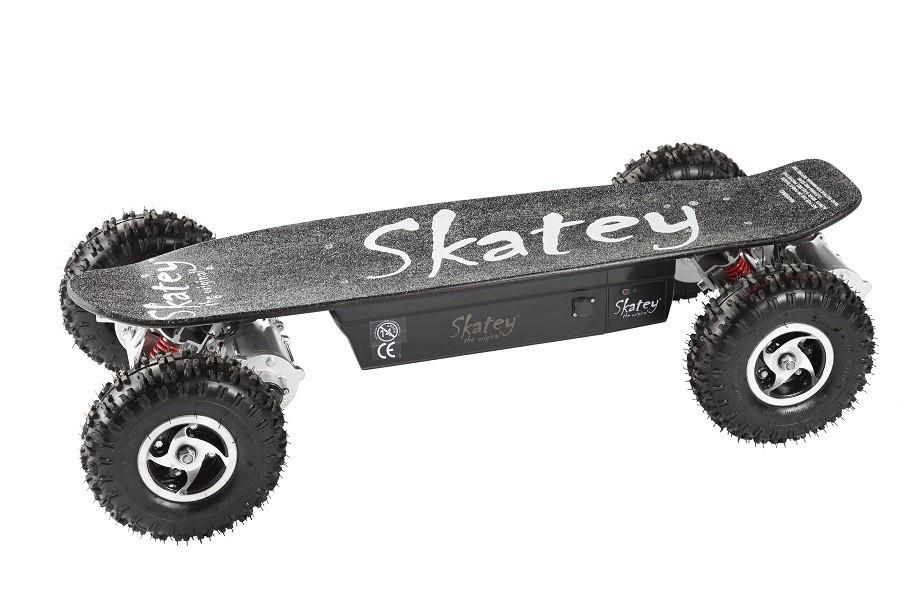 Skatey Electric Skateboard 800 Quatro Black